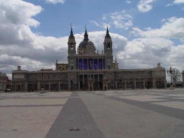Palacio_real_front