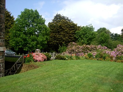 Mansion_garden1_20090613