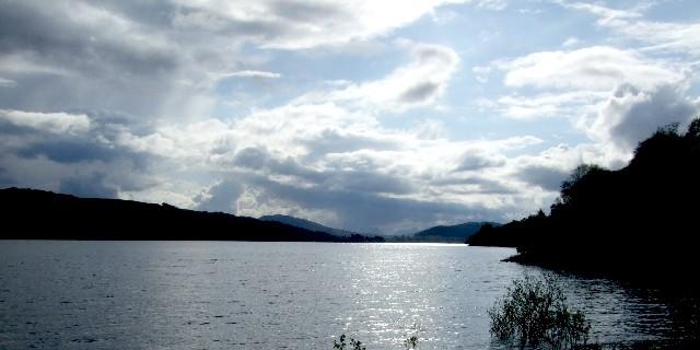 タンメル湖畔 Loch Tummel  2009/05/19 Photo by Kohyuh