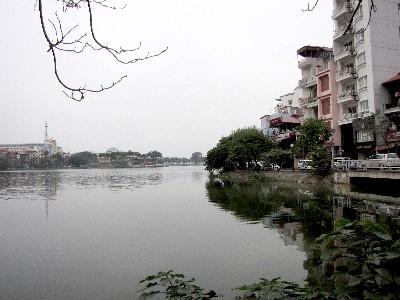 チュック・バック湖 ハノイ ベトナム Ho Truc Bach, Ha Noi, Vietnam 2010/01/12 Photo by Kohyuh