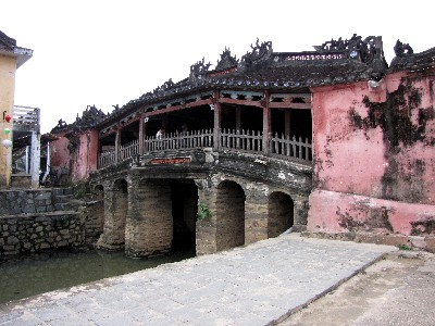 来遠橋 Lai Vien Bridge (日本橋 Japanese Bridge) Hoi An, Vietnam 2010/01/15 Photo by Kohyuh