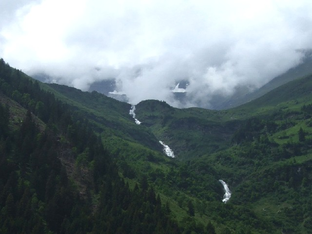 Grosglockner_waterfall