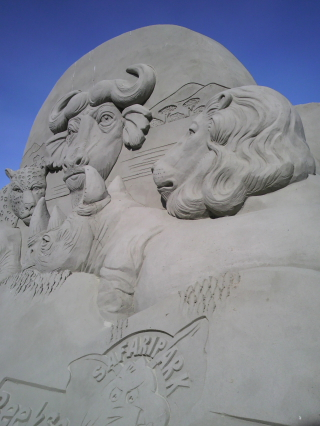 名残の国際砂の彫刻フェスティバル作品 (1)