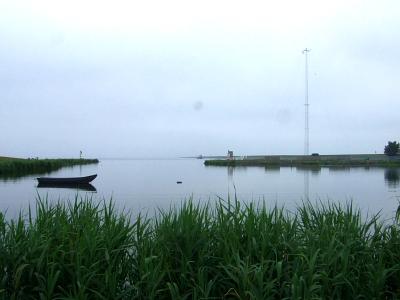 チャーリー点検所 Check Point Charlie のバトルのあった港の風景