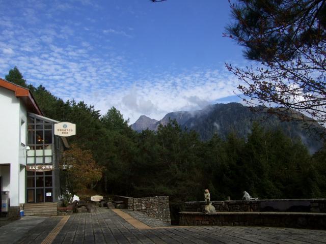 塔塔加旅客センター (73C5) 水理玉山線 2012/03/02 Photo by Kohyuh
