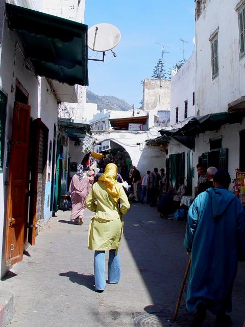 スーク(市場)に入る モロッコ Morocco, 2005/05/07 Photo by Kohyuh
